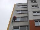 Nezateplený panelový dům s poškozeným zatmelením diletačních spár