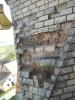 Vybourání poškozených cihel
