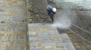 Nejdříve je třeba zdivo řádně očistit tlakovou vodou